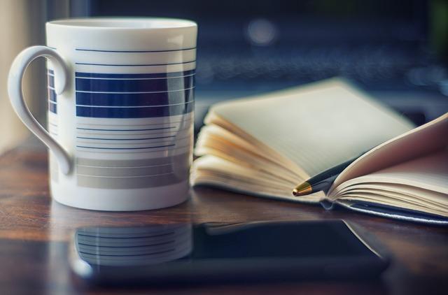 Czy trzeba usprawiedliwiać wszystkie nieobecności w pracy?